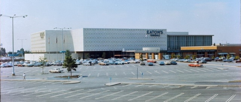 Retail through the ages yorkdale shopping centre toronto standard the opening of yorkdale shopping centre on february 26th 1964 was big newsit was the largest mall in canada consisting of 110 stores over 12 million sq ccuart Images